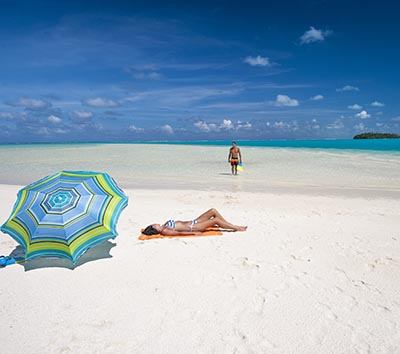 Relaxing on pristine beaches on the Cook Islands